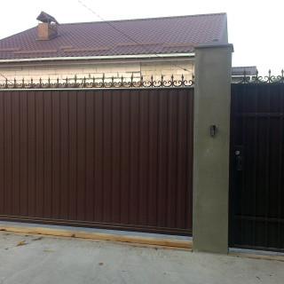 откатные ворота из профнастила_11