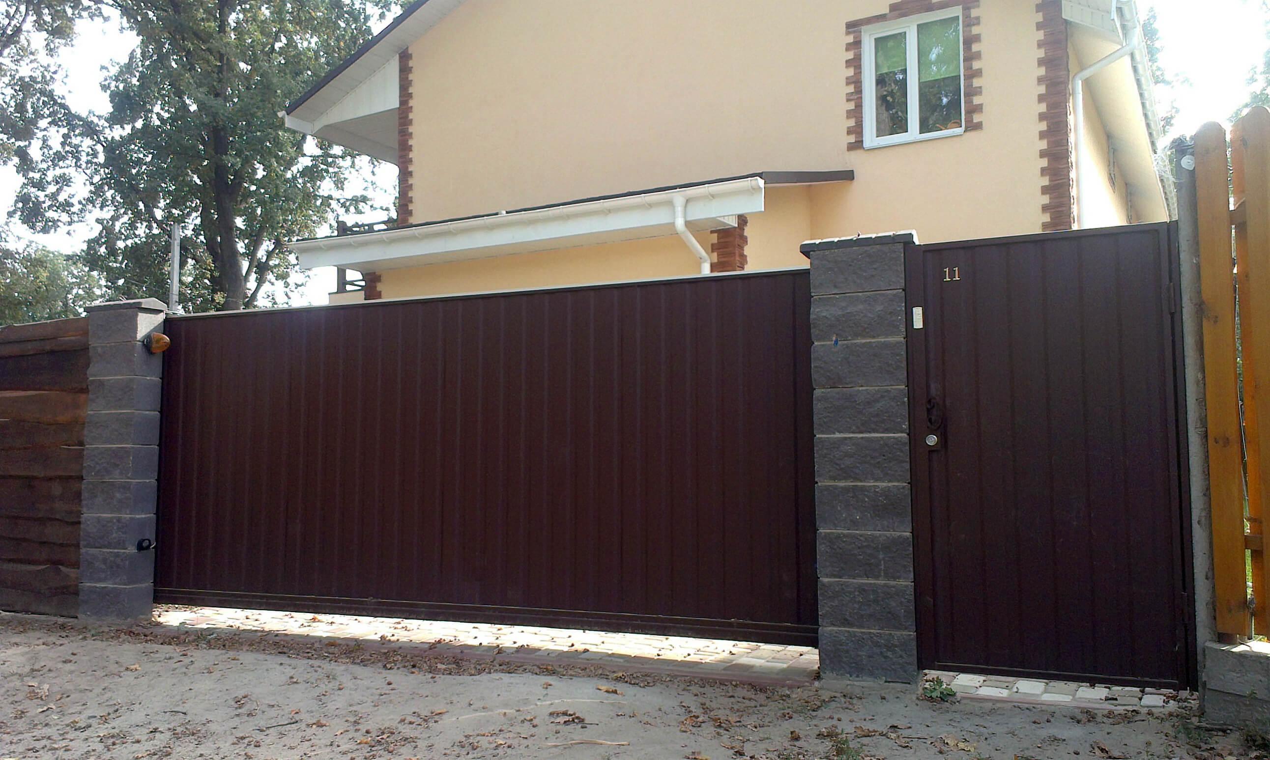 откатные ворота из профнастила 6